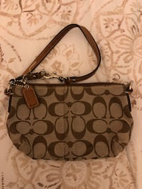 brown monogrammed Coach leather hobo bag Long Beach, 90815