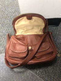 Nice leather lucky Brand Purse West Chester, 45246