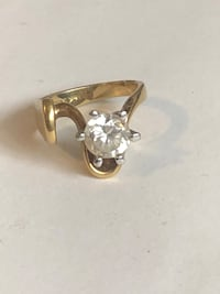 14k Yellow Gold Women's CZ Ring Jeffersonville, 47130