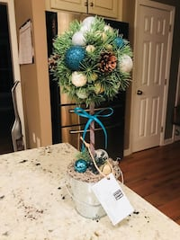 JAXESSORIES holiday topiary