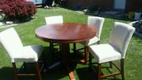 Beautiful hardwood table and chairs Boise, 83704