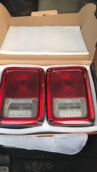 Oem jk and jku tail lights Maugansville, 21767