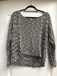 Black and White Knit Sweater Vaughan, L4J 8K6
