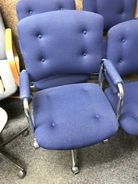 5 excellent condition matching swivel / recline office chairs