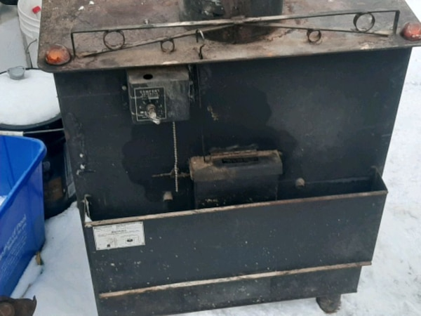 Old wood stove for sale for $500 6ee4bbb1-3dfd-425b-b0c6-5685be1e71db
