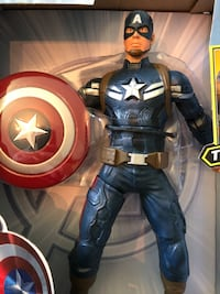 Captain America Winter Solider throws his shield  Blackwood, 08012