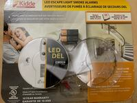 Smoke light with led escape light from Costco BNIB Longueuil, J4V 1R3