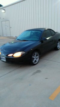 black 5-door hatchback Murfreesboro, 37130
