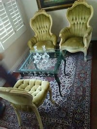 3 chairs Paradise Valley, 85253