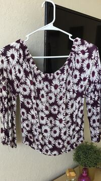 White-and-maroon floral scoop neck long-sleeve shirt Medley, 33178