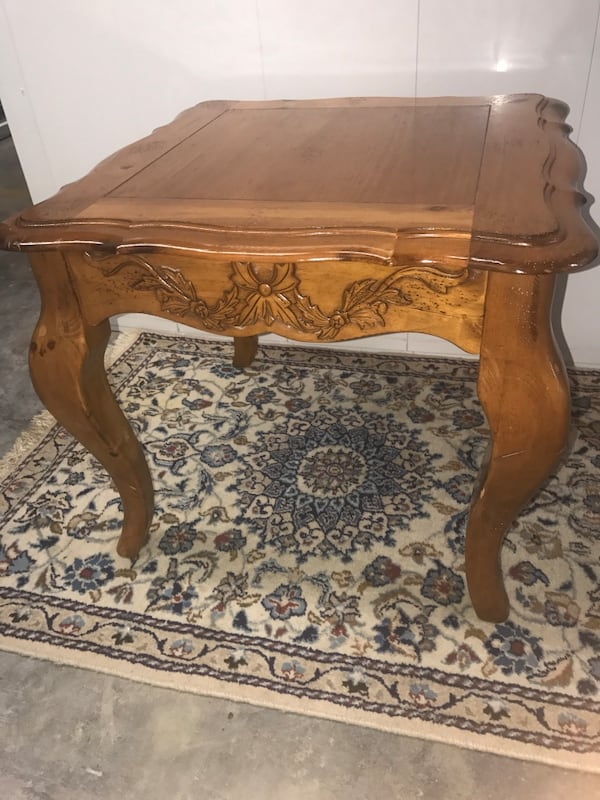 Large French Provincial Coffee Table and Side Table 190af18a-9391-43f5-855a-3ce8b9d59051