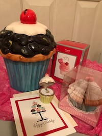 For the LOVE OF CUPCAKES  Stony Plain, T7Z 1C5