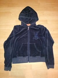 black zip-up hoodie 554 km