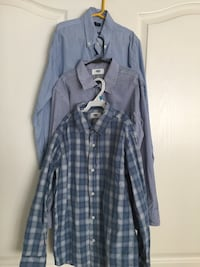 1 Gap and 2 Old Navy boys size Large / 10-12 dress shirts. All shirts are blue and lightly worn. Boys grew too fast to enjoy! I am open to a bundled price if interested in additional posted items.