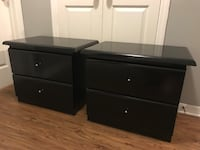 "2 nightstands. Measurements: H: 22""; W: 26.5""; D: 17"" Tampa, 33605"
