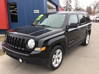 *Manufacturer's Warranty* 2017 Jeep Patriot Latitude- GUARANTEED CREDIT APPROVAL Des Moines