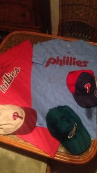Sport tees and hats red large blue Med, adjustable hats very clean like new West Deptford, 08086