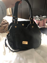 Marc jacobs leather purse Mont-Royal, H3P 2G3