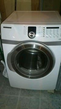 white Samsung front-load washing machine Vienna, 22180