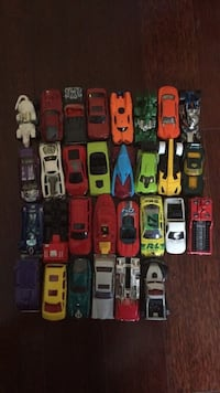Toy cars kids baby nerf gun game ship furniture clothes collectibles chair dresser table seat stool nightstand bed mirror mattress pants shirt top crop purse Gucci diamond belt lv vs Xbox PlayStation movies pool patio plate art poster painting Tampa, 33626