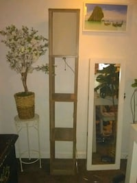 LIKE NEW WOODEN BAMBOO BOHOO STYLE TALL LAMP  WILL DELIVER