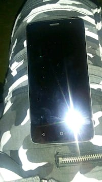 **Unlock smart phone for sale** Hamilton, L8P 1H1