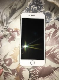 Silver iphone 6 Laval, H7G 3R5