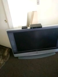 Sony 42 inch television with remote Los Angeles, 90018