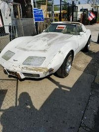 Chevrolet - Corvette - 1976 Jersey City, 07305