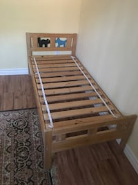 Toddler  bed frame Richmond Hill