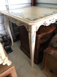 White wood game table hand painted Springfield, 22152