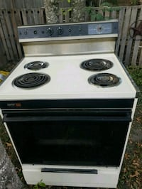 white and black electric coil range oven Lyford, 78569