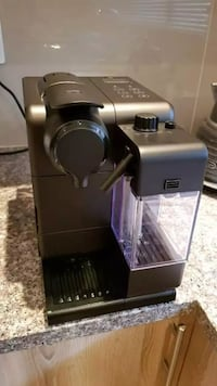 Nespresso Latissima Touch Like new