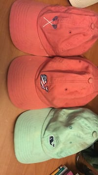 Lot of vineyard vines hat  Germantown, 20874