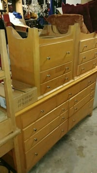 Dresser & matching night stands Los Angeles