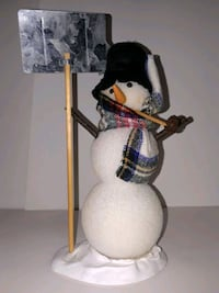 Buyers Christmas carolers Snowman North Haven, 06473