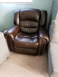 $100 Recliner Couch with free love seat.