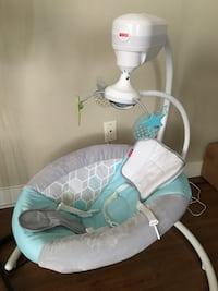 Baby Fisher Price Swivel Swing, up to 25lbs, Excellent Conditon Burnaby, V5B 4V5