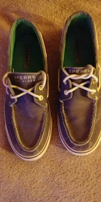 Sperry size 7 1/2 W..leather Omaha, 68117