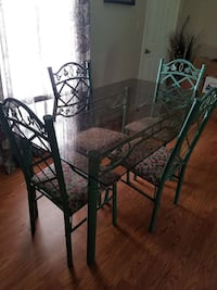 Table and 4 chairs Oneonta, 35121