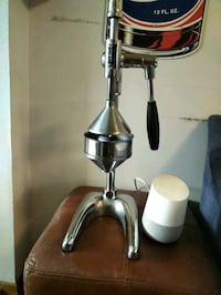Retro Maskot Juicer GUD- Sale is pending atm Toronto, M6J 3R4