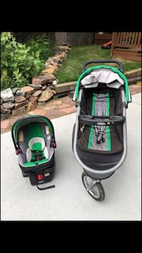 Graco Click Connect 35 travel System Arvada, 80004