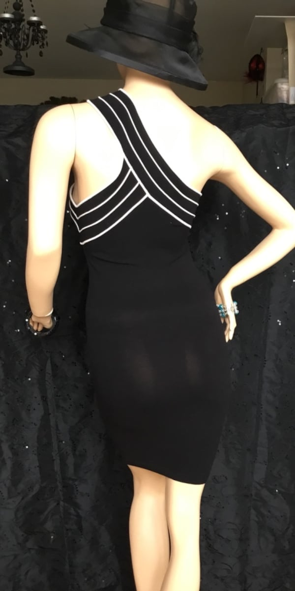 Marciano black stretch dress - small 913eb90f-a556-44af-9f8e-7835fa6d89c5