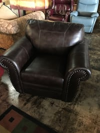 Brown faux leather chair Jacksonville, 32277