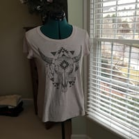 grey animal skull-printed white crew-neck t-shirt Quincy, 02171