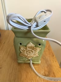 Scentsy Warmer $25  Welland, L3B 3Y1