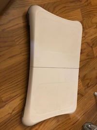 Wii and fit board. No controllers Windsor, N8W 1L9