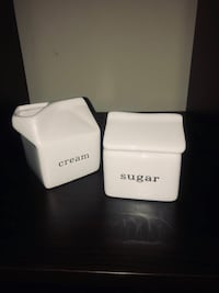 Crate and Barrel Sugar and Creamer Set Randallstown, 21133