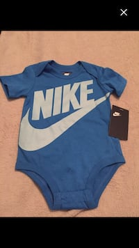Brand new with tags Nike 9/12months price dropped