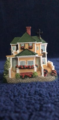 The Liberty Falls Collection: AH700 Gadiel Home  Rockville